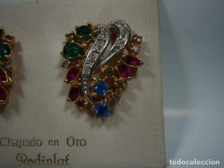 Joyeria: Pendientes vintage chapado oro de Rodiplat, piedras colores, circonios, cierre omega, Nuevo sin usar - Foto 2 - 180871345