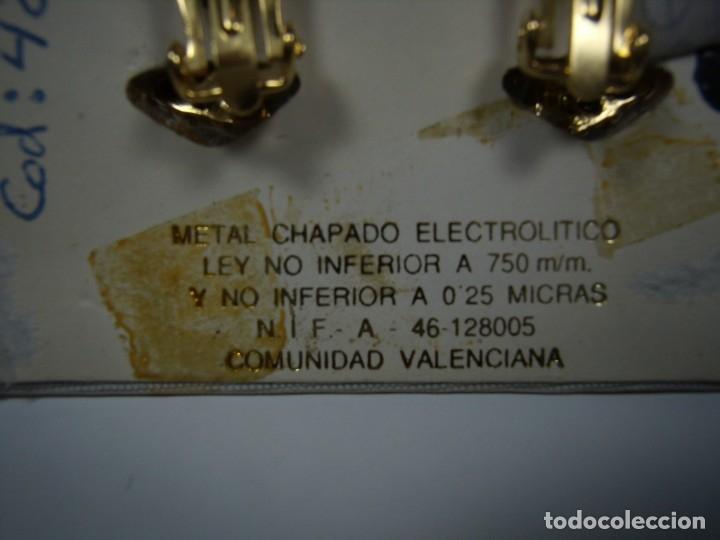 Joyeria: Pendientes vintage chapado oro 18 kt, circonios, cierre omega, años 80, Nuevos sin usar. - Foto 3 - 180874671