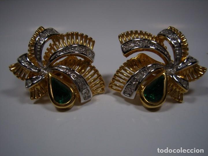 Joyeria: Pendientes vintage chapado oro 18 kt, piedra verde, circonios, cierre omega, años 80, Nuevo sin usar - Foto 2 - 180877217