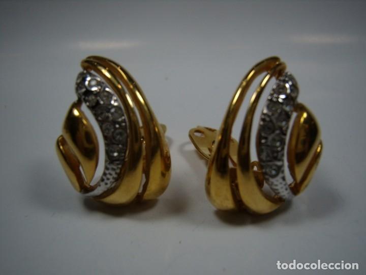 Joyeria: Pendientes vintage circonios,chapado oro 18 KT, años 80,cierre pinza, Nuevos sin usar - Foto 2 - 180883267