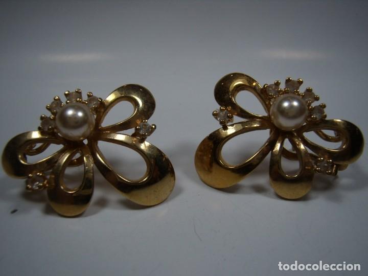 Joyeria: Pendientes vintage, perla, circonios,chapado oro 18 KT, años 80,cierre omega, Nuevos sin usar - Foto 3 - 180883527