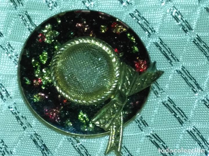 BROCHE SOMBRERO PAMELA GORRO 3,5 CM DIAMETRO (Joyería - Broches Antiguos)