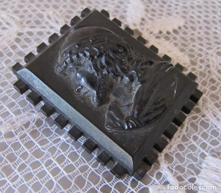 Joyeria: broche de madera ebonizada s XIX, joya de luto - Foto 3 - 182672798