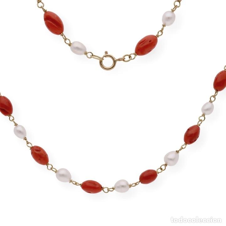 Joyeria: Collar de oro de ley con perlas akoya de Japón y coral natural irregular - Foto 5 - 183185686