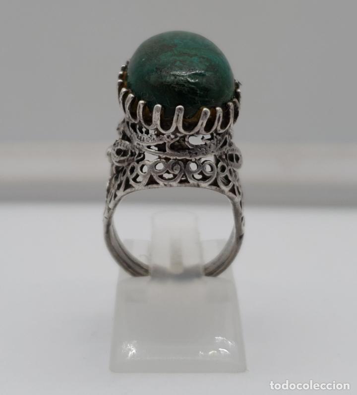 Joyeria: Espectacular anillo antiguo de estilo rococó en filigrana de plata de ley y gran cabujon de criscola - Foto 2 - 183517855