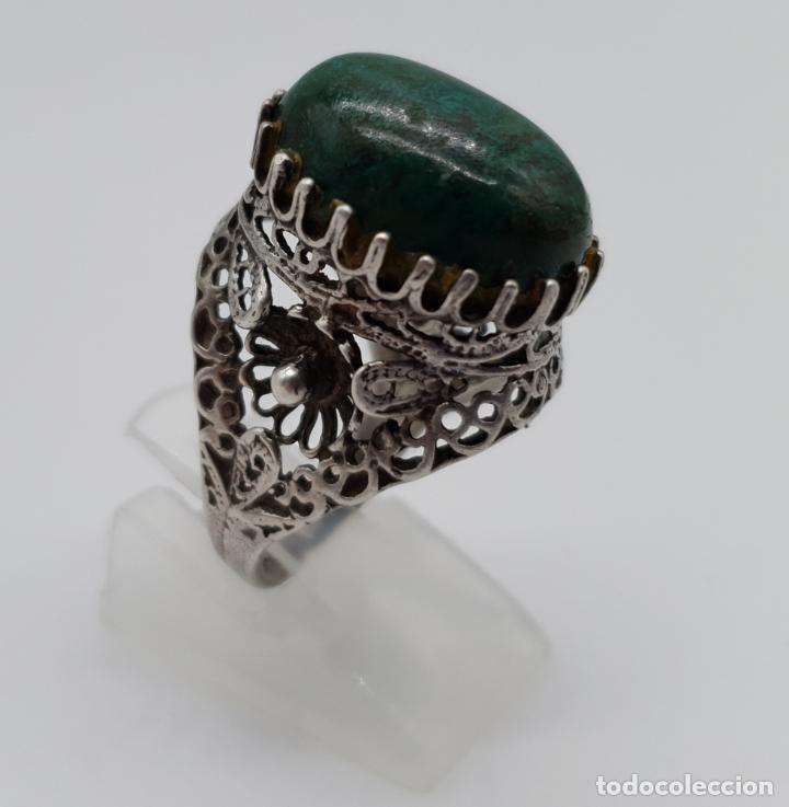 Joyeria: Espectacular anillo antiguo de estilo rococó en filigrana de plata de ley y gran cabujon de criscola - Foto 3 - 183517855