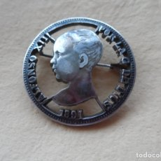 Joyeria: ANTIGUO BROCHE FABRICADO CON MONEDA DE PLATA DE 5 PESETAS 1891.. Lote 184198892