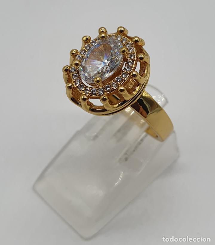 Joyeria: Precioso anillo vintage chapado en oro de 18k, con circonitas talla brillante y talla oval engarzado - Foto 2 - 184225956