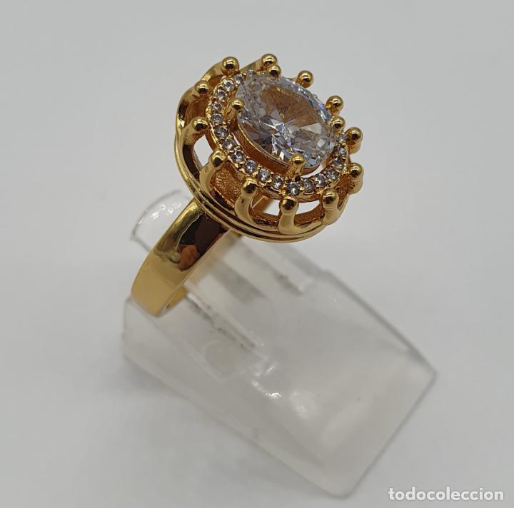 Joyeria: Precioso anillo vintage chapado en oro de 18k, con circonitas talla brillante y talla oval engarzado - Foto 4 - 184225956
