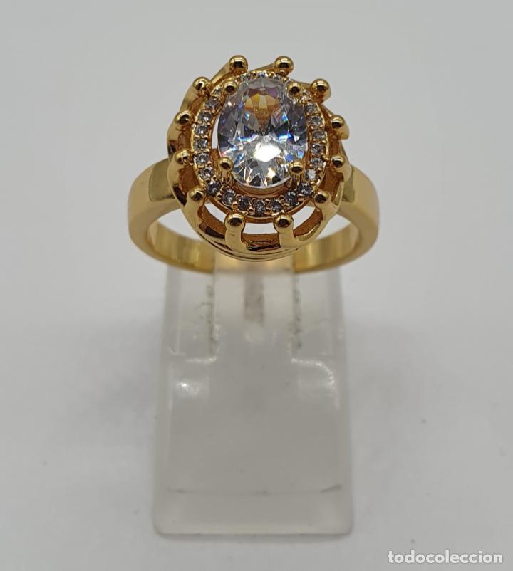 Joyeria: Precioso anillo vintage chapado en oro de 18k, con circonitas talla brillante y talla oval engarzado - Foto 5 - 184225956