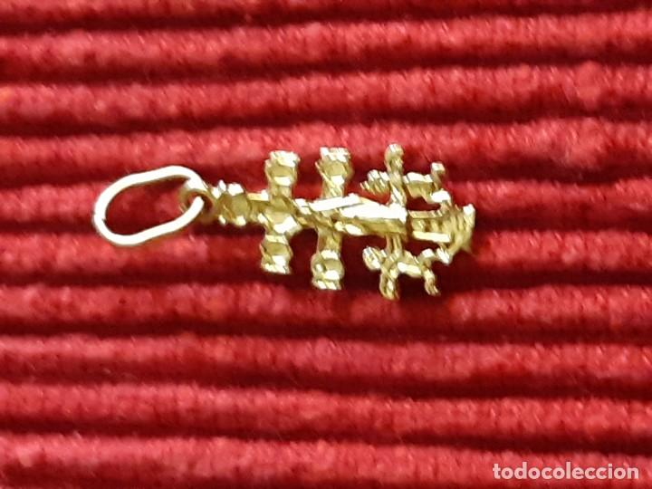 Joyeria: Pequeña cruz de caravaca en oro 18 quilates - Foto 6 - 184351642
