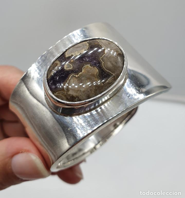 Joyeria: Magnífico brazalete vintage de diseño en plata de ley contrastada con gran cabujon de ágata gris . - Foto 6 - 184799228