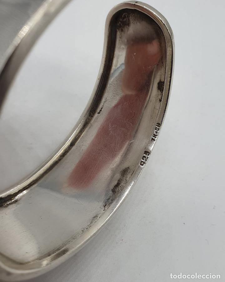 Joyeria: Magnífico brazalete vintage de diseño en plata de ley contrastada con gran cabujon de ágata gris . - Foto 7 - 184799228