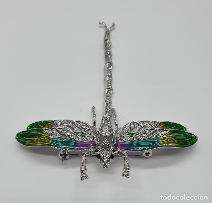 Joyeria: Espectacular broche tipo modernista articulado con acabado en oro blanco 18k, esmaltes y pedrería . - Foto 3 - 195662610