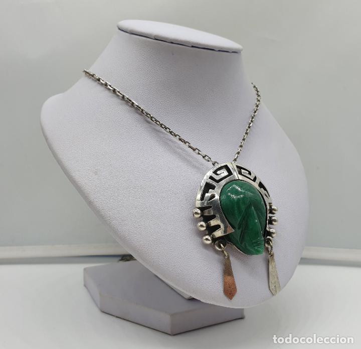 Joyeria: Broche colgante antiguo en plata de ley punzonada y repujada con cabujon de jade, TULUM, MEXICO . - Foto 4 - 184852361