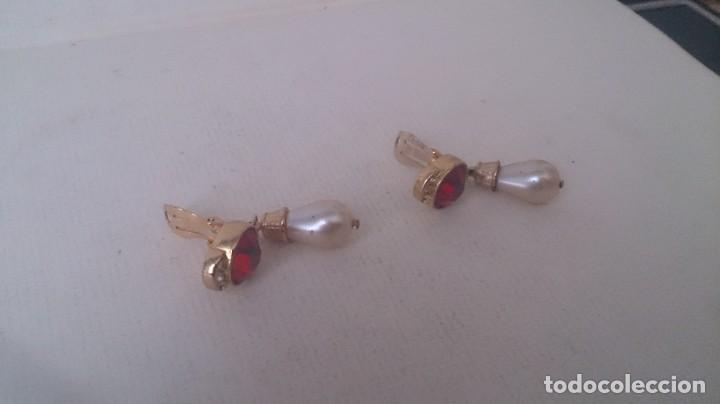 Joyeria: Pendientes metal. Perla y piedra roja m35 - Foto 8 - 190895815