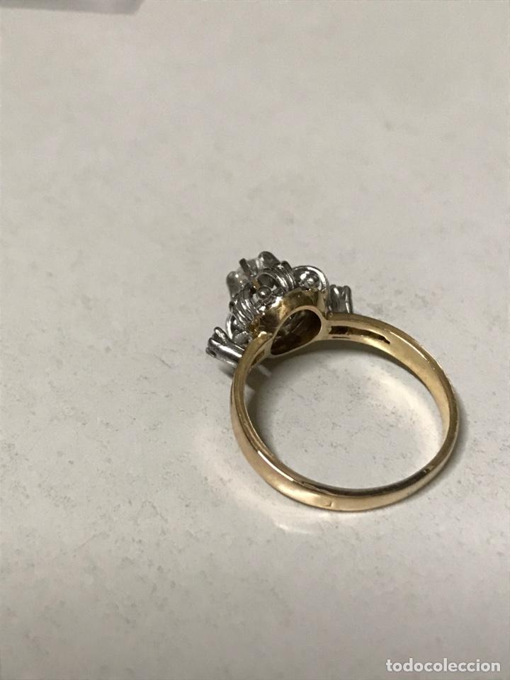 Joyeria: Rosetón de oro de 18 kts y platino. 3 brillantes y 6 diamantes - Foto 5 - 191101360