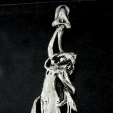 Joyeria: 9 CM - BELLO COLGANTE ESTILO MODERNISTA ART NOUVEAU. Lote 192321436