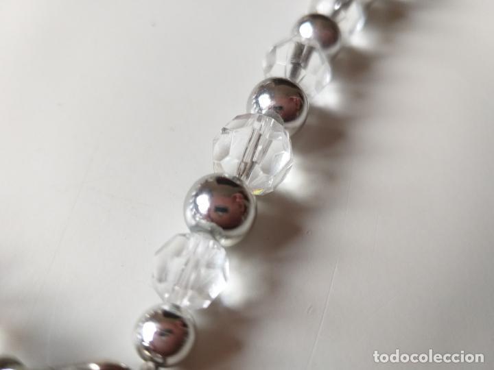 Joyeria: Antiguo collar de bolas. Plateado y trasparentes. Cierre metálico - Foto 4 - 194492490