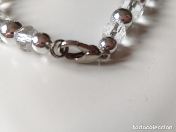 Joyeria: Antiguo collar de bolas. Plateado y trasparentes. Cierre metálico - Foto 5 - 194492490