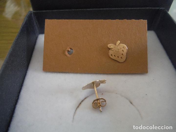 Joyeria: PENDIENTE DE ORO AMARILLO 18K CON FORMA DE FRESA - Foto 2 - 194712800