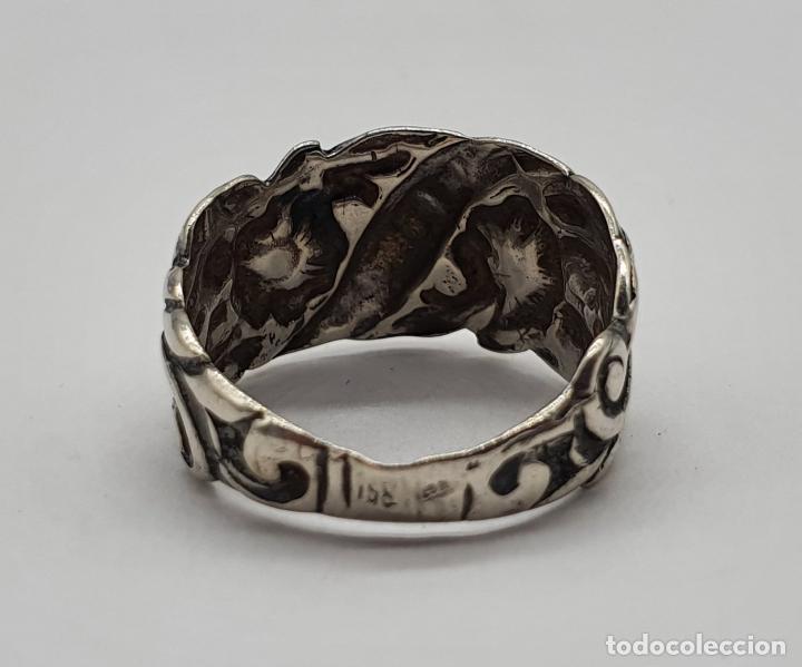 Joyeria: Anillo antiguo en plata de ley repujada con motivos florales de estilo rococo . - Foto 5 - 194729482