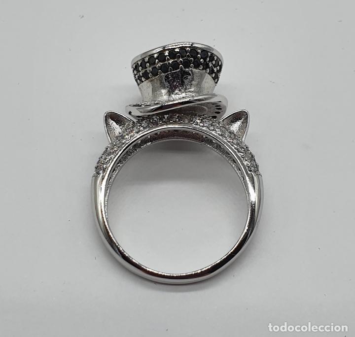 Joyeria: Original anillo de diseño sombrero de copa y orejas de gato en plata de ley, circonitas y espinelas - Foto 5 - 194732231