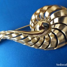 Joyeria: BROCHE ANTIGUO. DORADO. ALFILER. . Lote 195156431