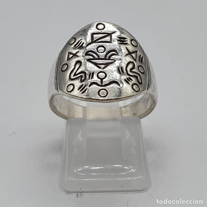Joyeria: Original anillo vintage en plata de ley contrastada y motivos grabados . - Foto 3 - 195583520