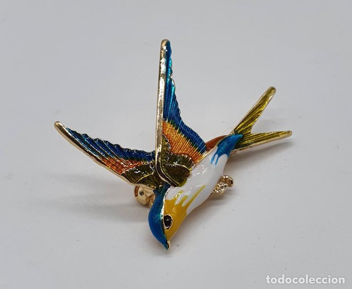 Joyeria: Bello broche colgante de golondrina con baño de oro, esmaltada a mano . - Foto 2 - 198039533