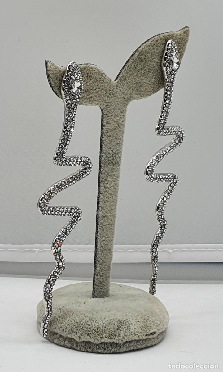 Joyeria: Modernos pendientes de serpientes de diseño con baño en plata de ley y circonitas talla brillante . - Foto 2 - 199291438