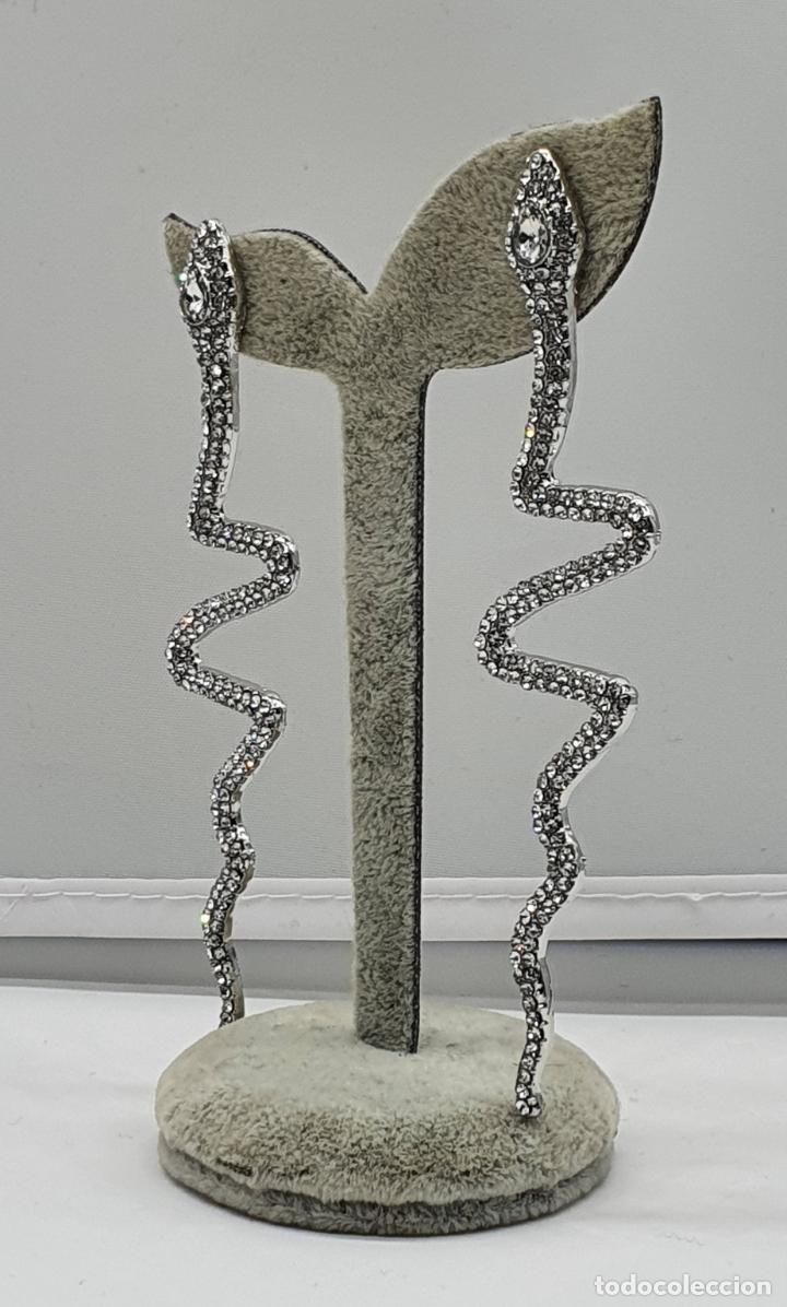 Joyeria: Modernos pendientes de serpientes de diseño con baño en plata de ley y circonitas talla brillante . - Foto 4 - 199291438