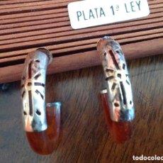 Joyeria: PENDIENTES DE PLATA Y CONCHA. CIERRE DE PRESIÓN . Lote 199836646