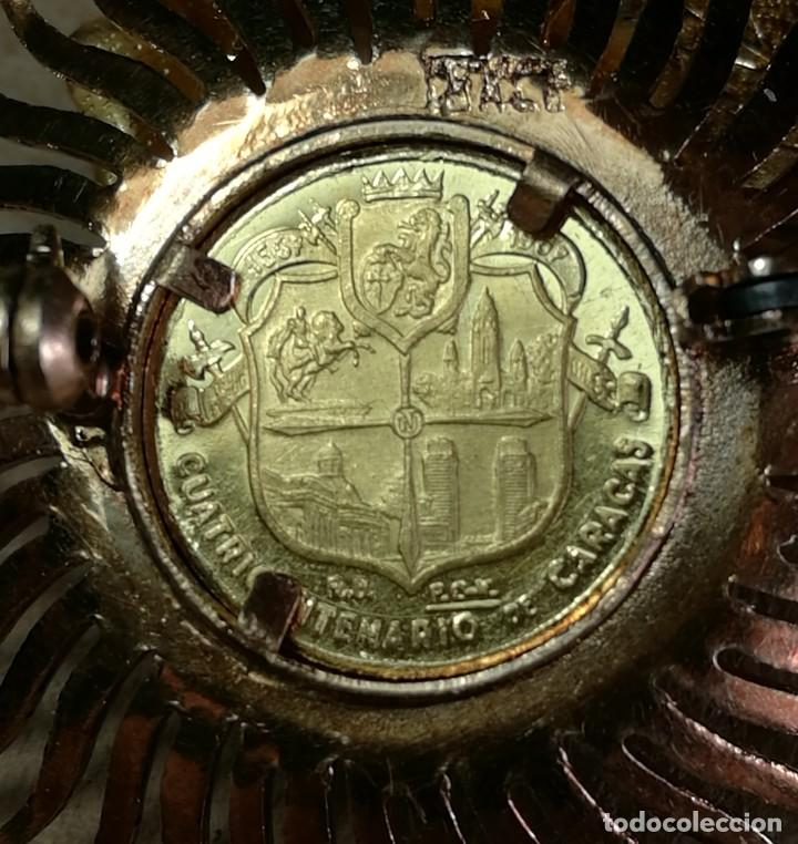 Joyeria: BROCHE CLAVILLO ORO AMARILLO CON MEDALLA (MONEDA) CONMEMORATIVA CUATRICENTENARIO CARACAS 18K 7,5 GR. - Foto 12 - 200173410