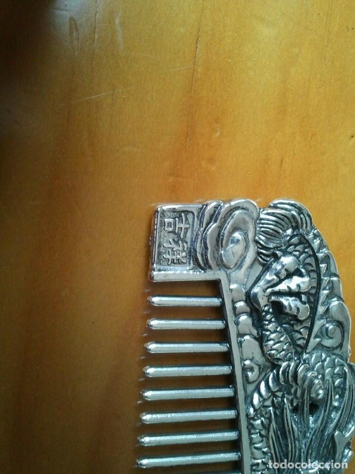 Joyeria: Peine cepillo de plata tibetana. Representan al Ave Fenix y el Dragón. Talisman amuleto protector. - Foto 2 - 204306057