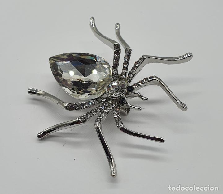Joyeria: Bello broche de estilo art decó chapado en plata , circonitas y cristal austriaco talla lagrima . - Foto 4 - 206458132