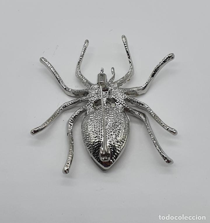 Joyeria: Bello broche de estilo art decó chapado en plata , circonitas y cristal austriaco talla lagrima . - Foto 5 - 206458132