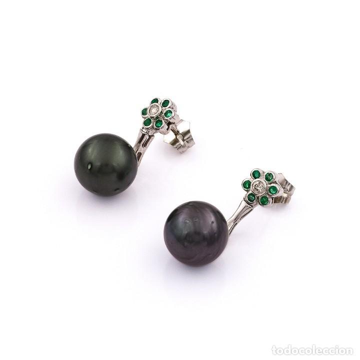 Joyeria: Pendientes de Perlas Tahití con Diamantes y Esmeraldas - Foto 2 - 211277004