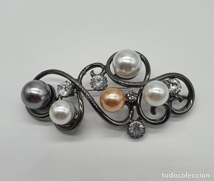 Joyeria: Bello colgante broche estilo modernista platinado en oro negro, perlas y circonitas talla diamante . - Foto 3 - 249567895