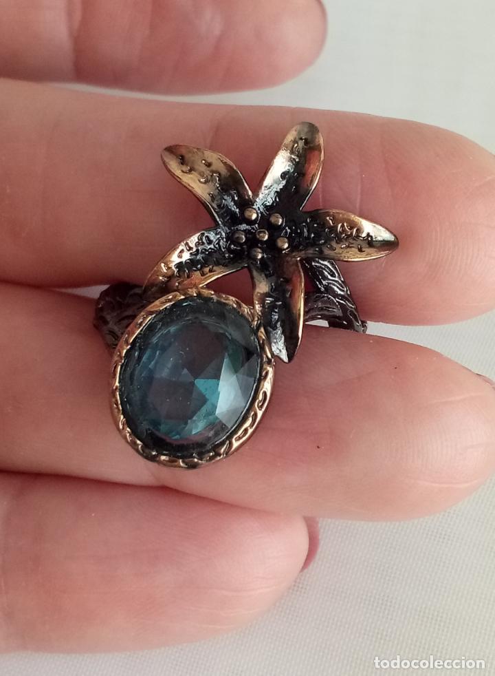 Joyeria: Anillo / sortija estilo vintage, con topacios azul Londres en plata negra 925. Talla 18. - Foto 2 - 213309672