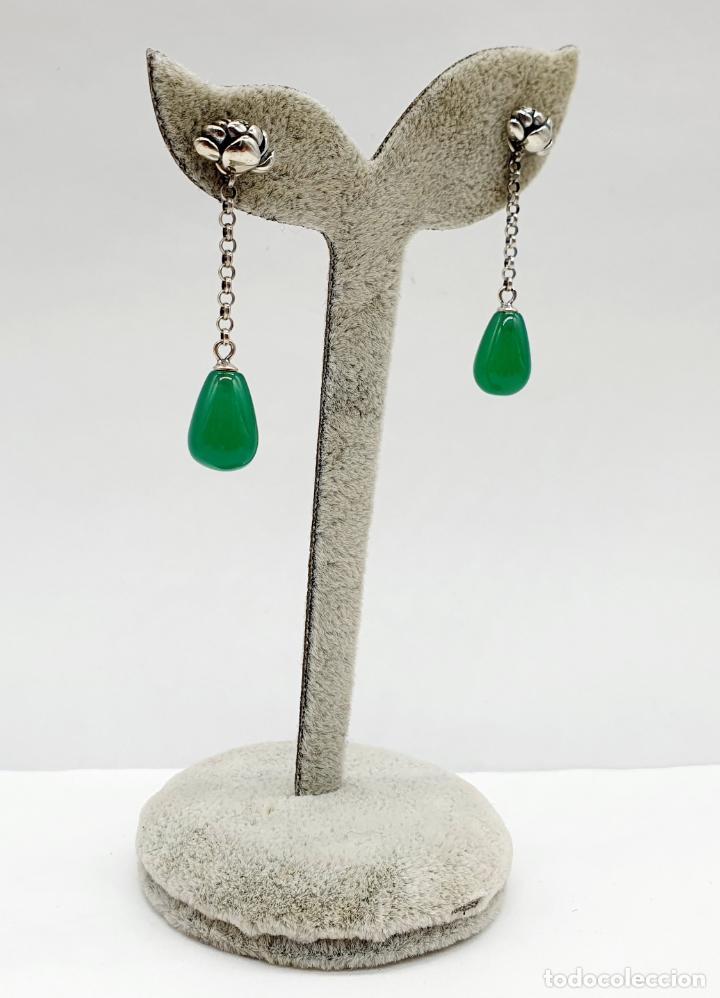 Joyeria: Pendientes estilo vintage orientales en plata de ley con forma de flor de loto y lágrima en jade . - Foto 2 - 213436811