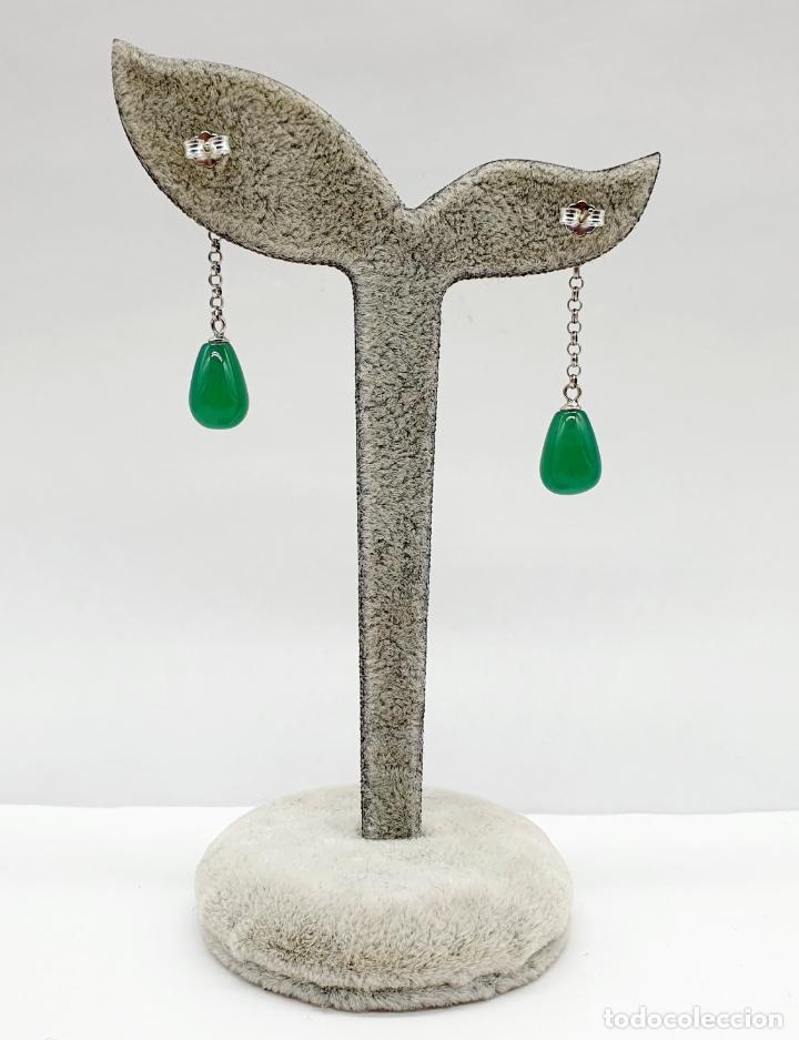 Joyeria: Pendientes estilo vintage orientales en plata de ley con forma de flor de loto y lágrima en jade . - Foto 3 - 213436811