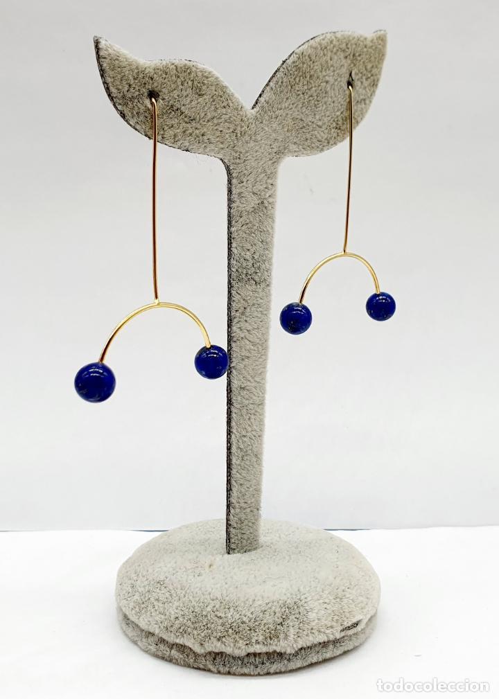 Joyeria: Bellos pendientes de diseño minimalista en plata de ley, baño de oro de 18k y perlas lapislázuli . - Foto 2 - 213437101