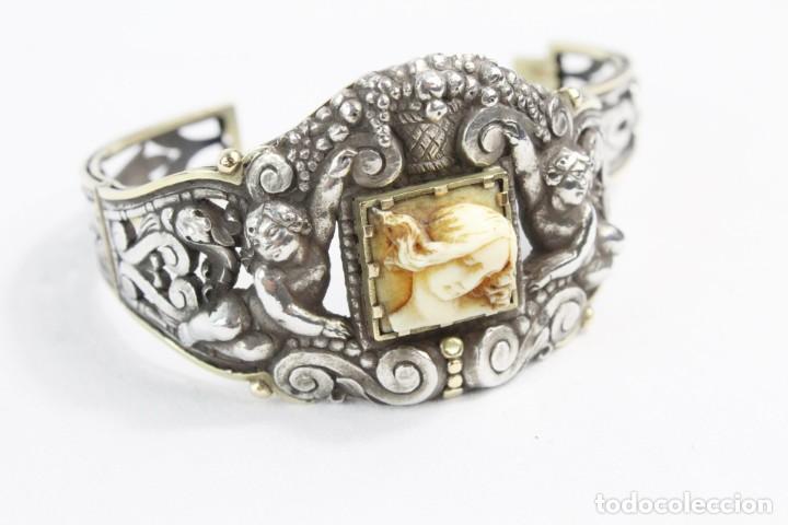 Joyeria: Brazalete s XIX. Plata y oro de Ley. Central de dama en marfil tallado, ángeles a medio relieve - Foto 2 - 213609815