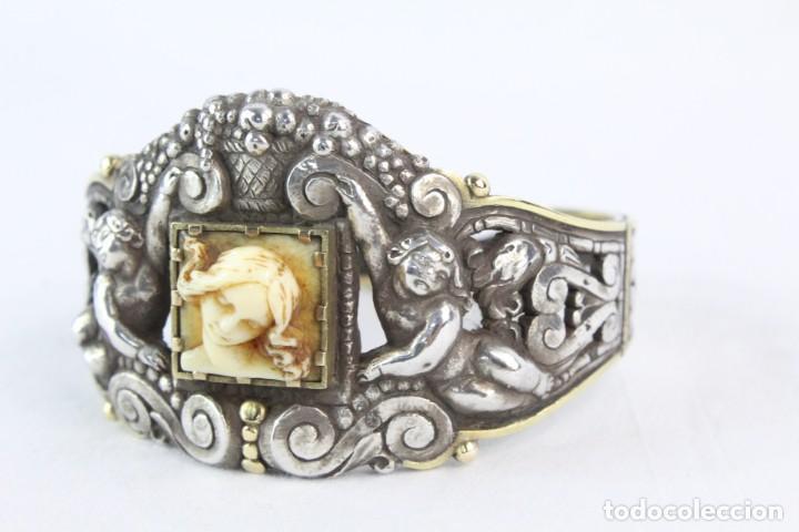Joyeria: Brazalete s XIX. Plata y oro de Ley. Central de dama en marfil tallado, ángeles a medio relieve - Foto 7 - 213609815