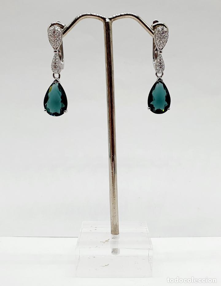 Joyeria: Elegantes pendientes en plata de ley, circonitas talla brillante y turmalinas talla pera engarzadas - Foto 5 - 213617646