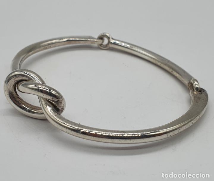 Joyeria: Antiguo brazalete art decó en plata de ley contrastada con nudo tipo ocho . - Foto 2 - 214506070