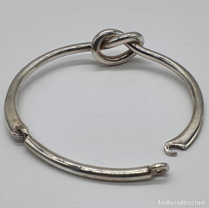 Joyeria: Antiguo brazalete art decó en plata de ley contrastada con nudo tipo ocho . - Foto 3 - 214506070