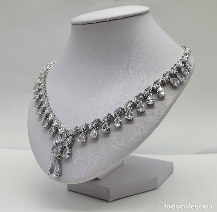 Joyeria: Elegante gargantilla de novia chapada en oro blanco 18k, circonitas talla marqués y talla pera . - Foto 2 - 214576996