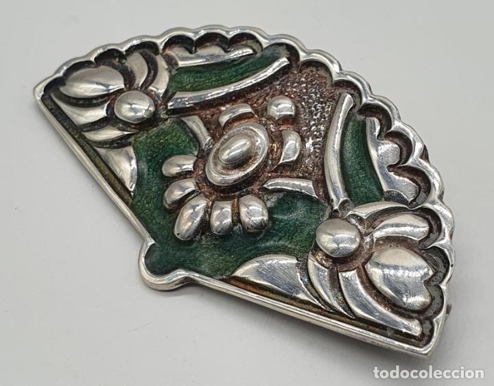 Joyeria: Bello broche antiguo en plata de ley repujada y esmaltes con forma de abanico de época . - Foto 4 - 214578787